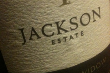 ALKO: Vintage Widow 2009 and 2010 by Jackson Estate (New-Zealand, Marlborough)